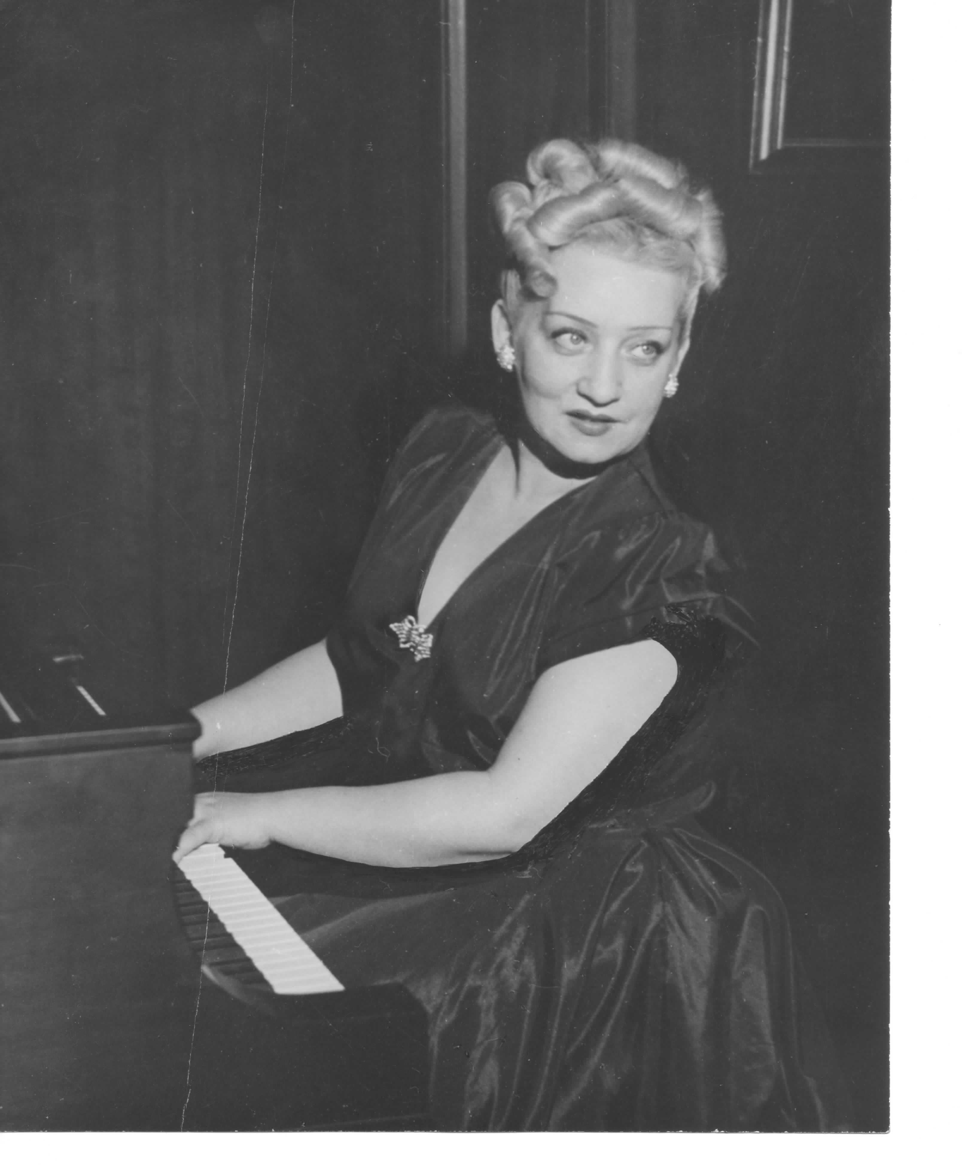 Photos Of Maryla Jonas At The Piano In New York Undated